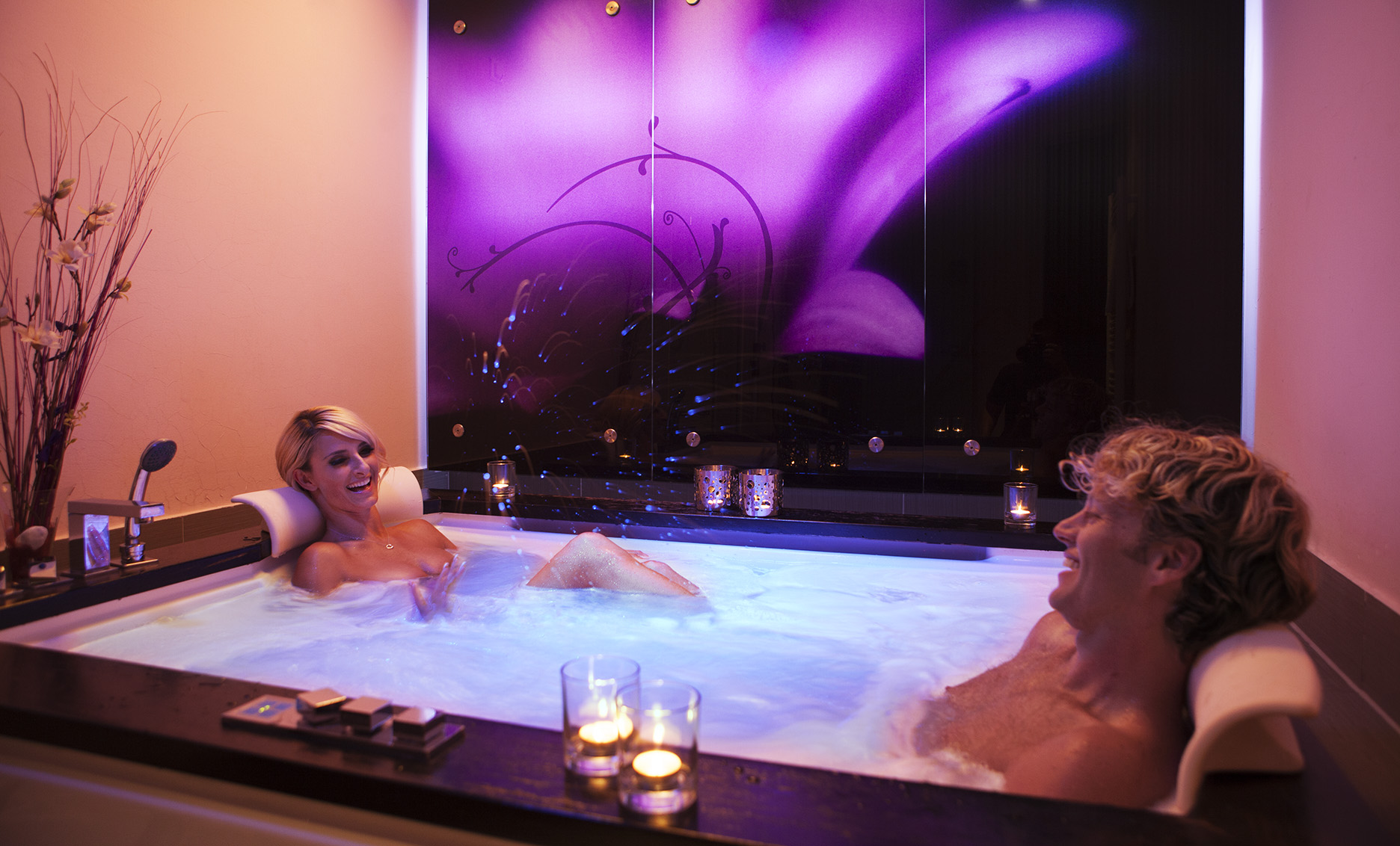 Bath for two